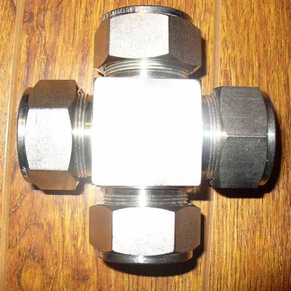 Super Duplex Steel S32750 / S32760 Ferrule Fitting